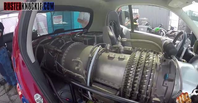 1500馬力のジェットエンジンをスマート・フォーツーに搭載したカスタムカーがスゴすぎる!