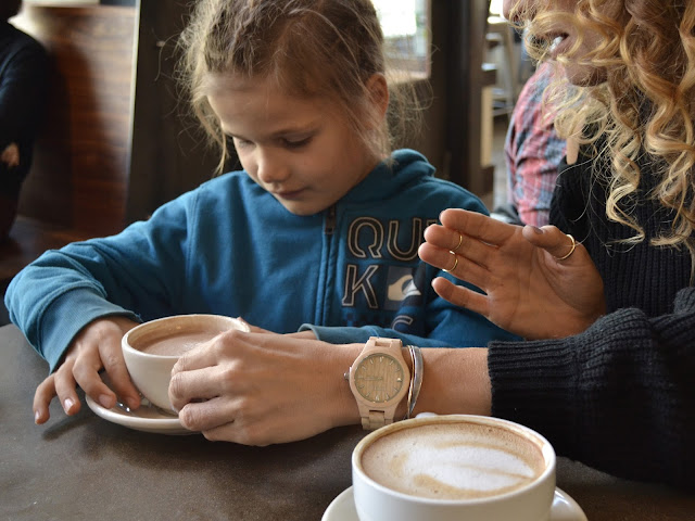 mommy coffee date