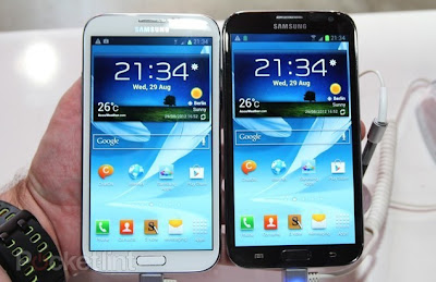 Samsung Galaxy Note 2 both colors