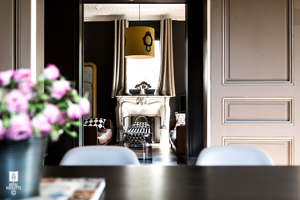 Le blog mademoiselle french style with french roulotte studio for Roulotte decoration