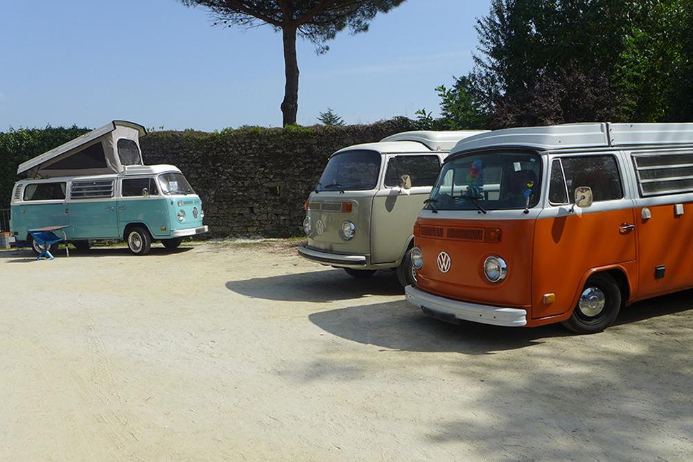 rassemblement voitures vintages Combi VW volkswagen à Clisson