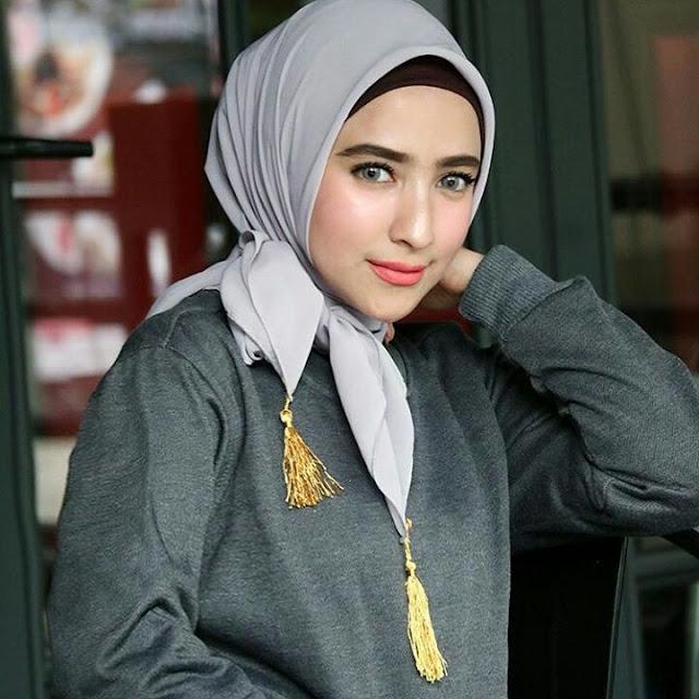 Anisa Lailatul Model Hijaber Kekinian