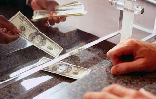 Mengajukan Kredit Tanpa AgunanMengajukan Pinjaman Uang secara Online dengan jaminan Slip gaji