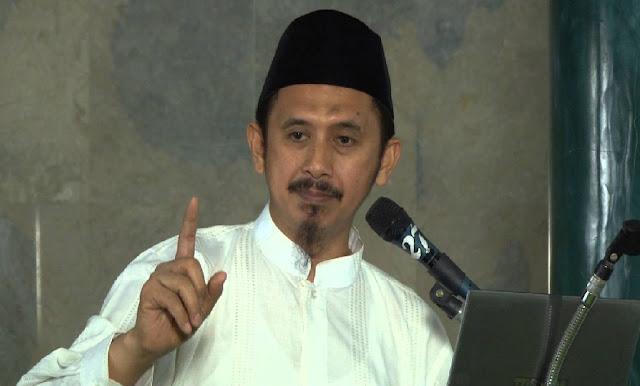 Profil Dan Biodata Ustadz Zaitun Rasmin