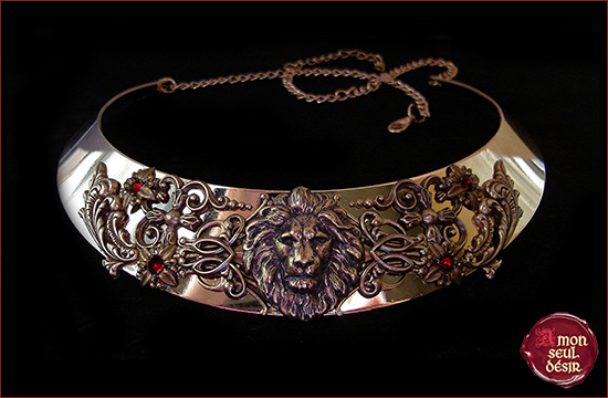 collier lion leo moyen age bijoux cersei lannister game of thrones médiéval renaissance torque jeux de rôle GN lion necklace roleplay