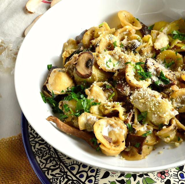 bowl, pasta, artichokes, mushroom