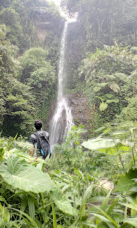 Wisata Baru Air Terjun Watu Gedhek Pacet Mojokerto