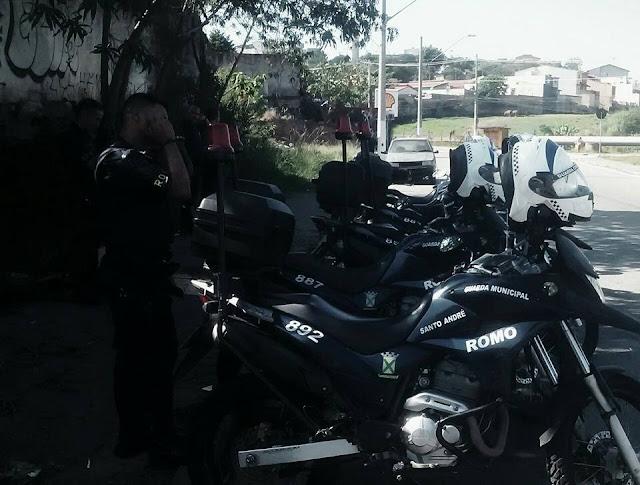 ROMO da Guarda Civil de Santo André localiza veículo produto de furto pelas imediações do Jardim Las Vegas