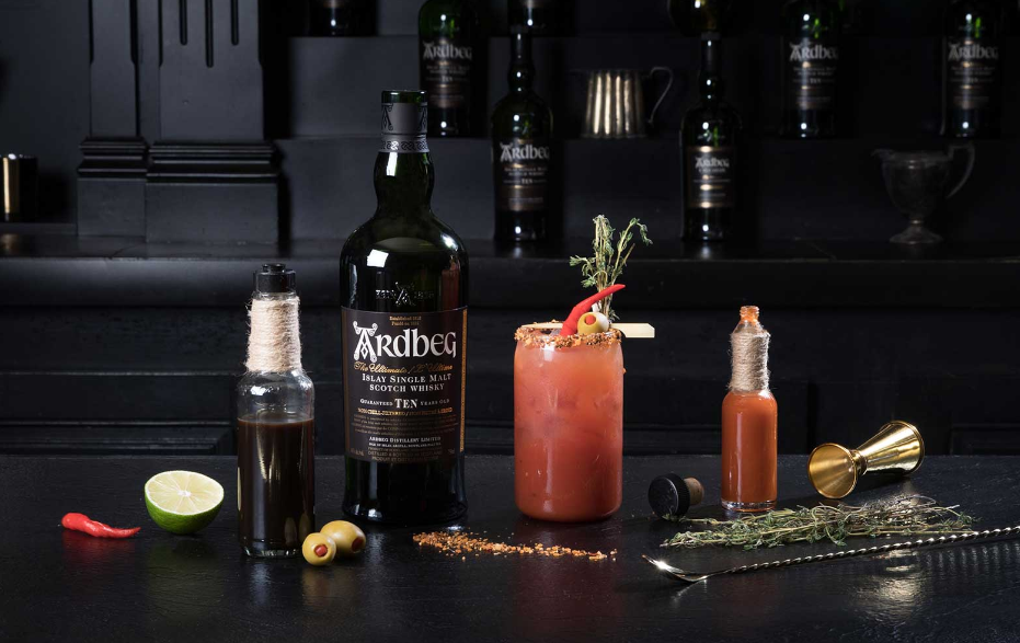 Le bloody caesar au whisky version ardbeg miss vay for Cocktail quebecois