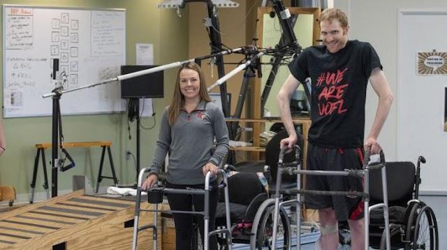 ΗΠΑ: Τέσσερα πρόσωπα που ήταν παράλυτα μπορούν να περπατήσουν ή να σηκωθούν