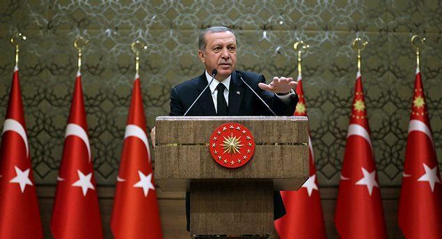 Αμφισβητεί τη Συνθήκη της Λωζάνης,  την κυριαρχία στο Αιγαίο και ανοίγει θέμα συνόρων ο Ρ. Τ. Ερντογάν!