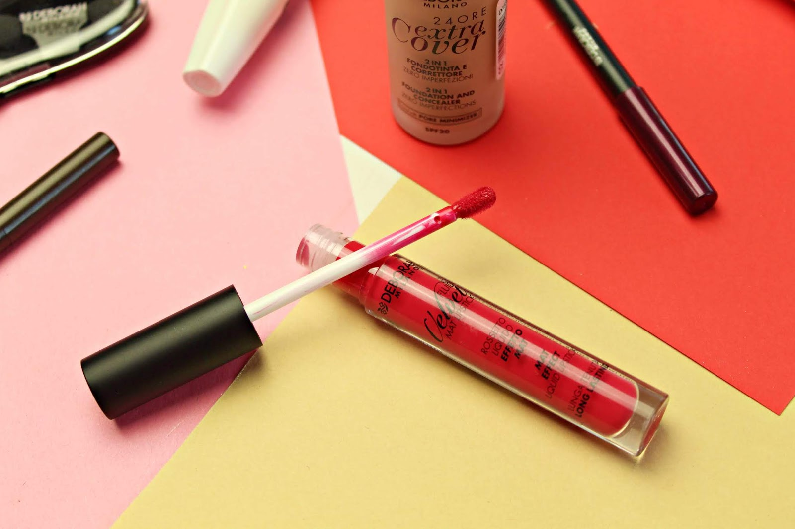 pomadka matowa w płynie Deborah Milano Fluid Velvet Mat Lipstick