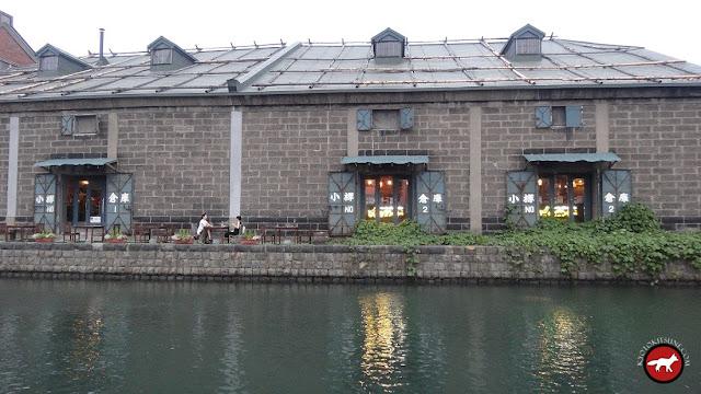 Canal et bâtiment en brique de Otaru