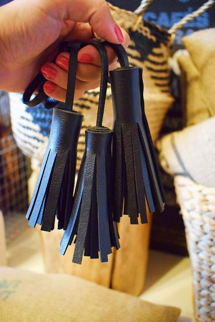 DIY - Jak zrobić brelok do torebki? Jak zrobić frędzel?