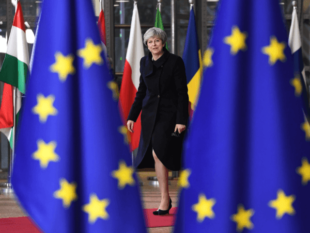 Polictics Today: Britain to pay Brexit divorce bill before trade deal, minister admits