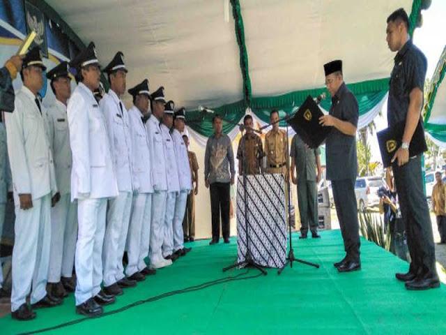 Ramly Umasugi Lantik dan Ambil Sumpah Para Kades di 4 Kecamatan