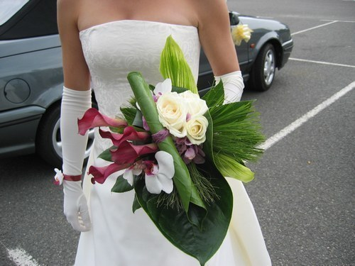 confectionner le bouquet de fleurs de la mari e mille et une noces. Black Bedroom Furniture Sets. Home Design Ideas