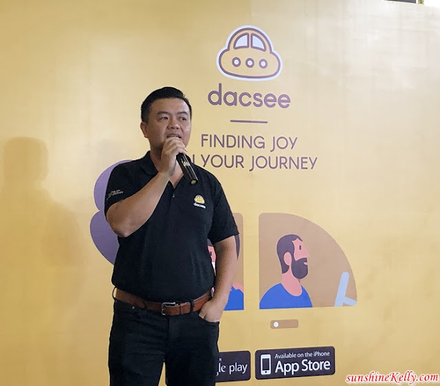 Dacsee, Dacsee Mobile App, Finding Joy in Your Journey, Ride Sharing App, Community Ride App, Free Ice Cream, Volkswagen Combi Van, Ride App, Mobile App, Mobile App Review, Lifestyle