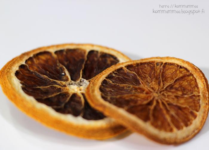 makro valokuvaus eos 600d loittorengas kooka canon 50mm 1.8 sairaana vatsatauti maha kipeä ripuli precosa kuivatut appelsiinit