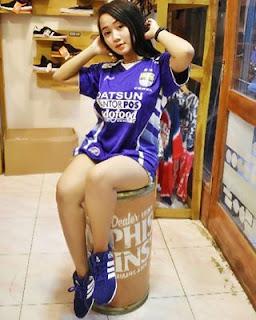 Bobotoh Cantik Bernama Dian Maung Geulis Gadis Asli Kota Bandung