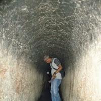 Bunker, Kegalauan Jepang & Kisah Pakaian Goni