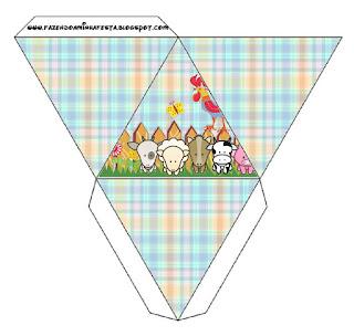 Caja con forma de pirámide de La Granja Bebés en Celeste.