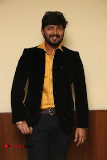 9 Giragankalum Ucham Petravan Tamil Movie Pooja Stills  0004.jpg