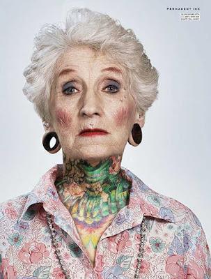 mayores con tatuajes 3