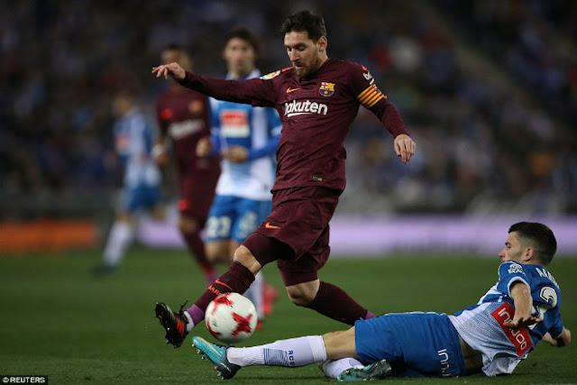 Video Espanyol - Barcelona: Cựu sao Real rực sáng & nhát kiếm chí tử
