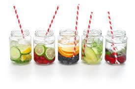 4 Manfaat Infused Water Untuk Kesehatan Anak