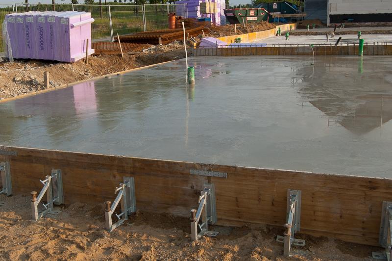 Bau Eines Reihenendhauses Im Dribusch Giessen Der Bodenplatte