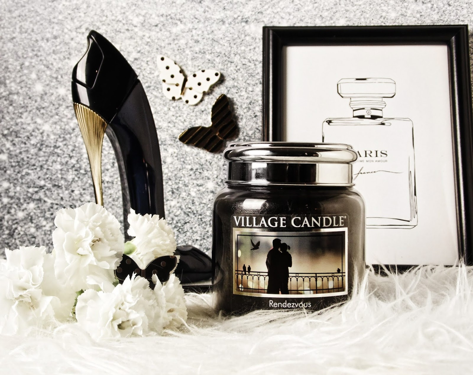village candle rendezvous silver lid recenzja carolina herrera good girl blog perfumy świeca świeczka