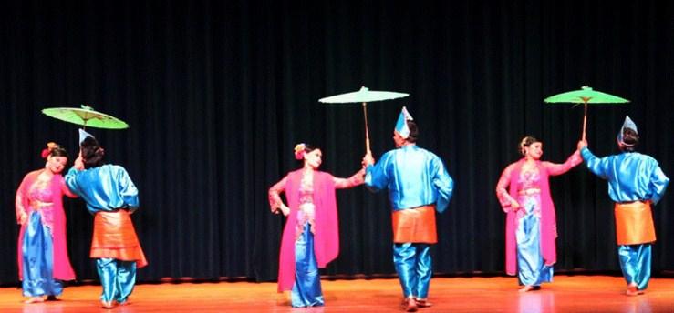 Makna, Arti dan Lirik Lagu Babendi-bendi (Tari Payuang)