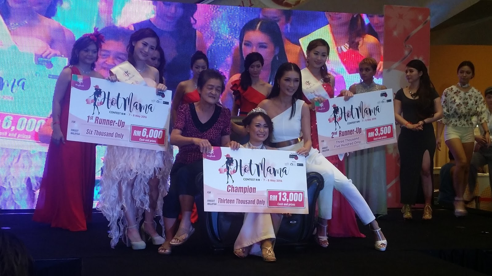 Hot Mama Pageant happening in Klang Parade in conjunction of ...
