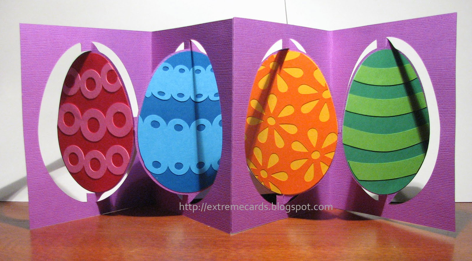 Easter egg accordion flip card
