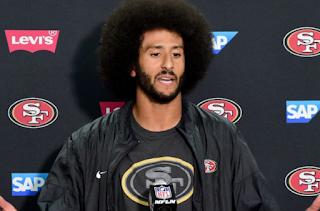 Obama Backs NFL's Kaepernick Right To Boycott Anthem