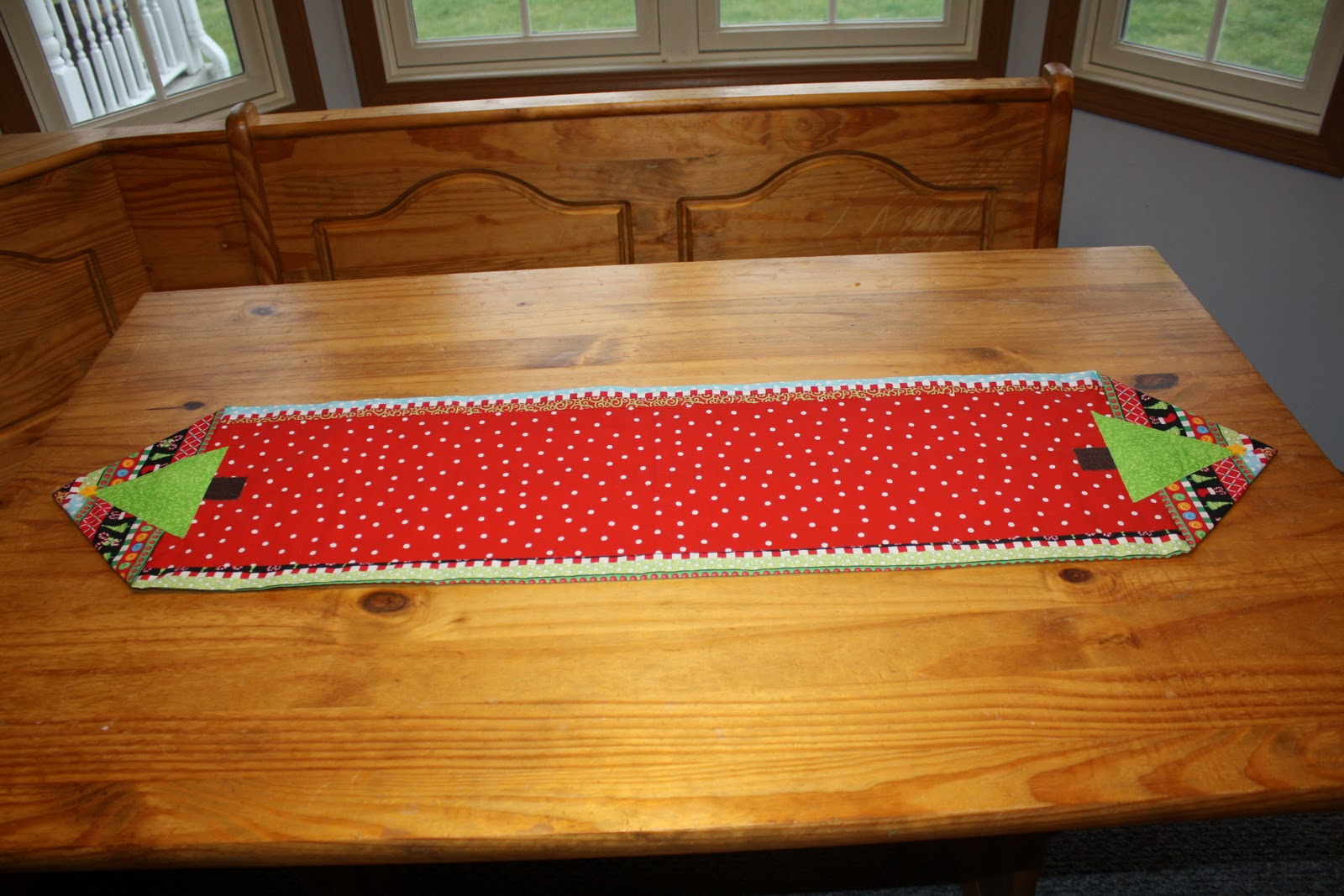 Sew It S Midnight Mama Christmas Table Runner
