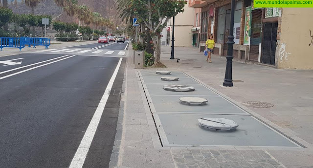 Cabildo y Ayuntamiento analizan la mejora de la recogida de residuos especialmente en los contenedores soterrados de la Avenida Marítima