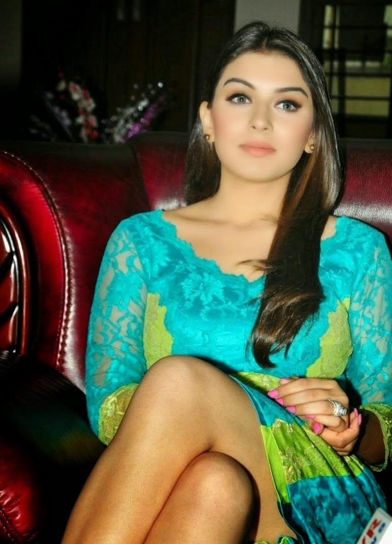 Actress Celebrities Photos Hansika Motwani Cute Leg -8470