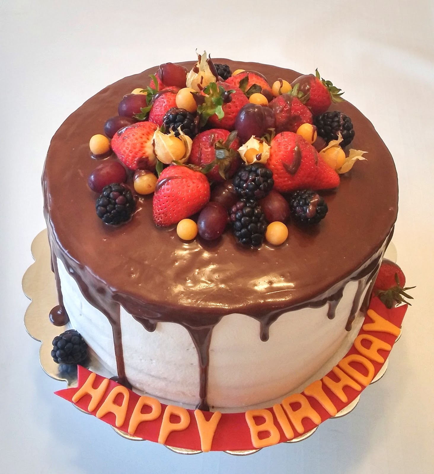 This Birthday Cake Is Made Out Of Vanilla Layers The Filling Very Light And Fluffy Cream Full Fresh Raspberries Blackberries