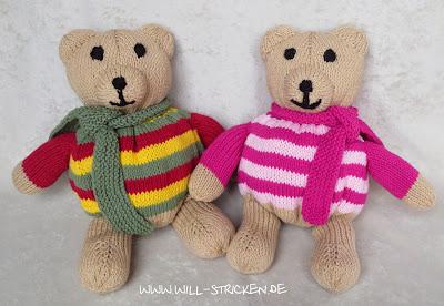 Gestrickter Teddybär mit Charme