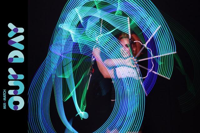 malabarista de luzes atração circense para eventos corporativos são paulo humor e circo eventos