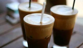 Η «άνοιξη» της οικονομίας έχει... μυρωδιά καφετέριας