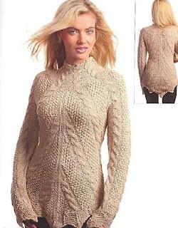 pulover-s-diagonalnymi-kosami