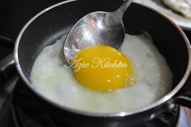 Menyediakan Telur Mata Yang Cantik