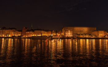 Wallpaper: Stockholm and Budapest by night
