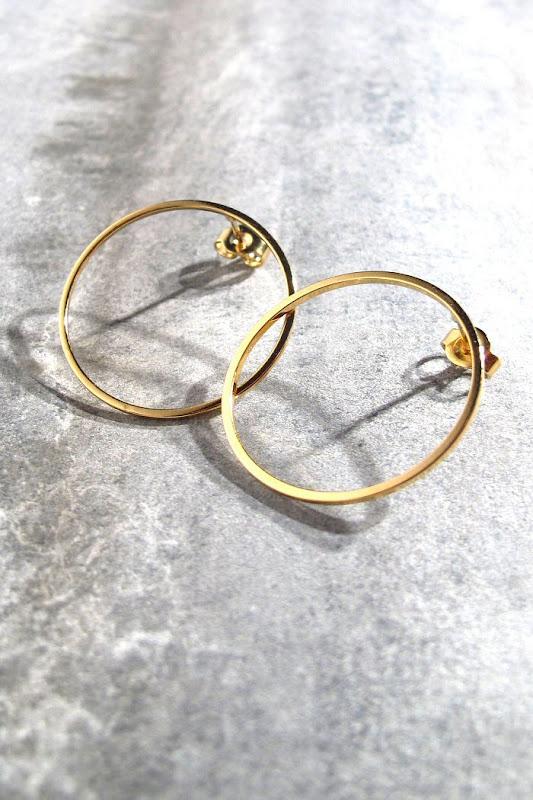 Bijoux Viveka Bergstrom boucles Ring dorées