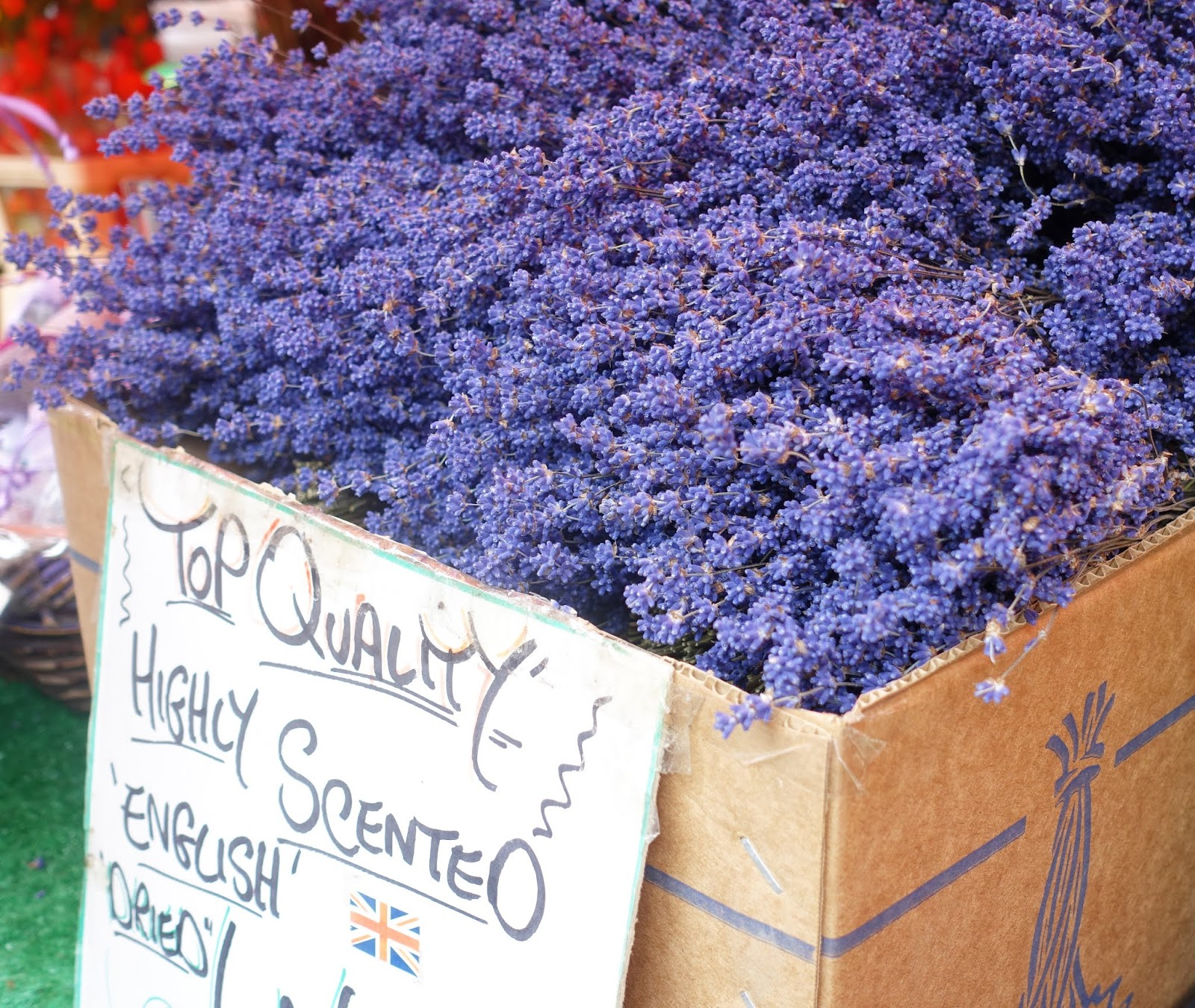 Fragrance to keep summer alive in the home from dried lavender