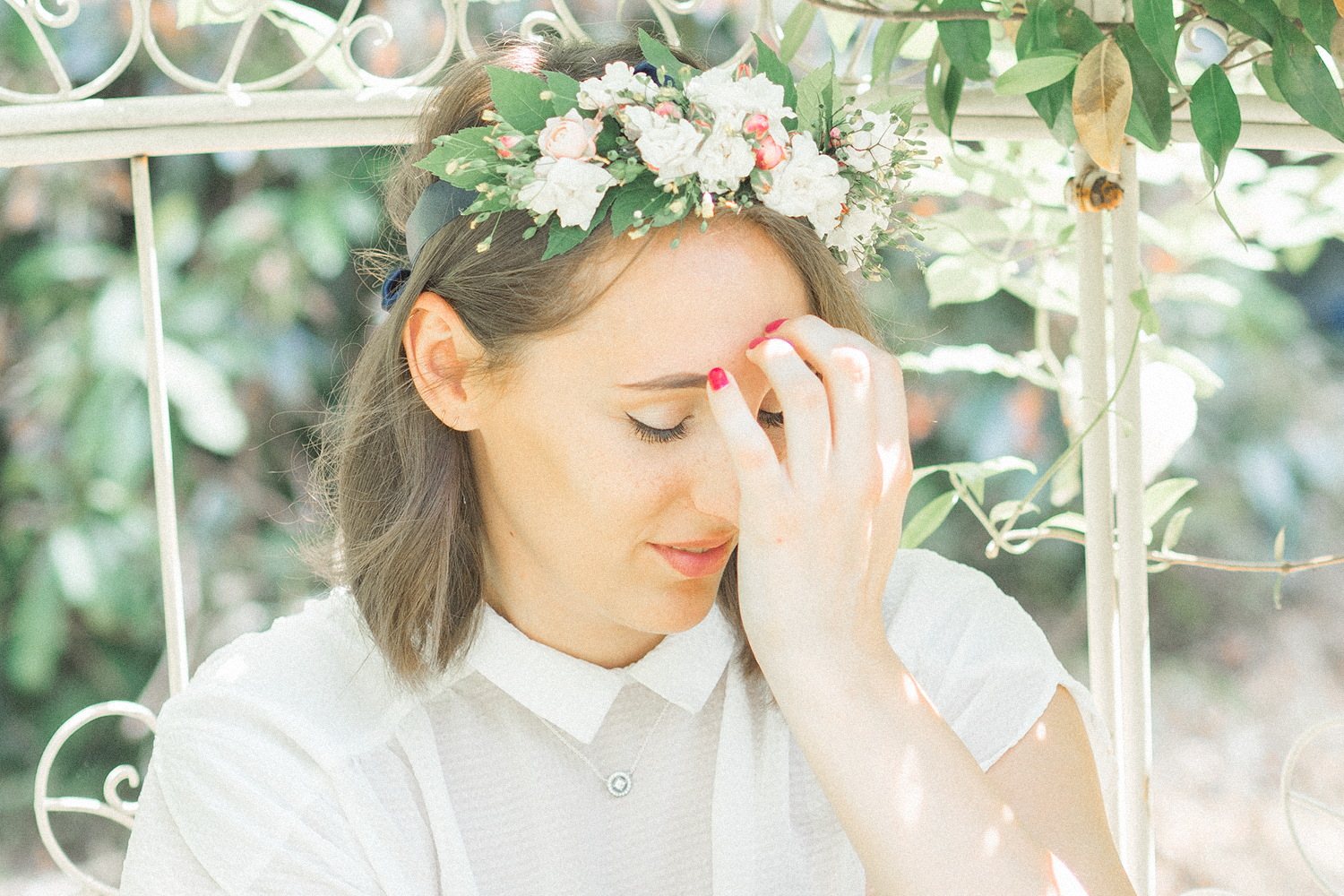 Melissa Lou The Power Of Flower Crowns How To Diy Your Own
