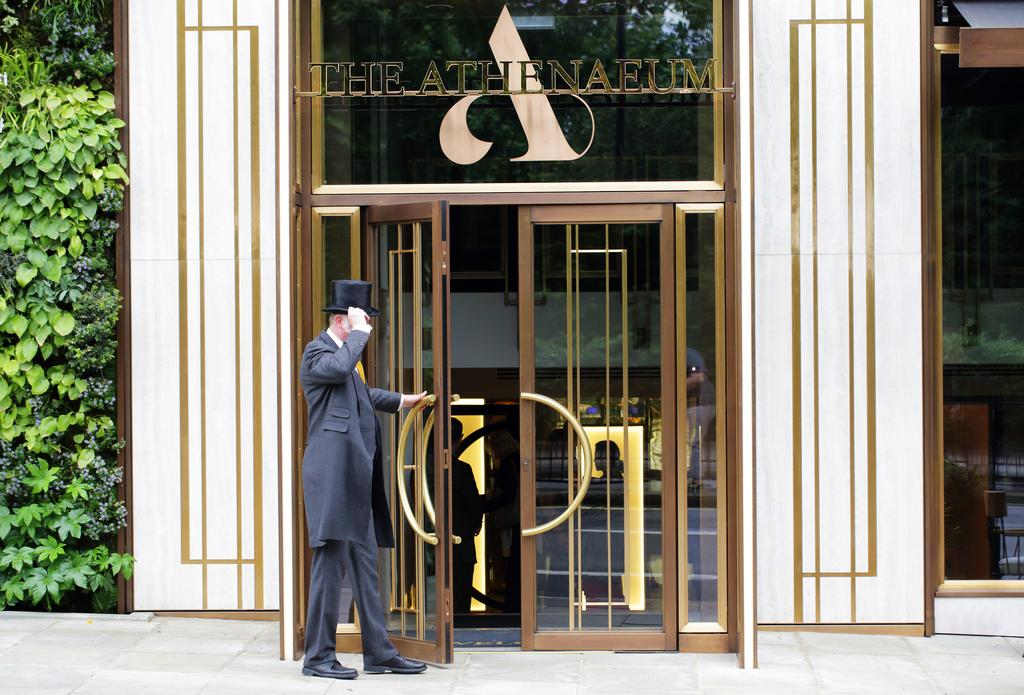 At The Athenaeum Hotel Luxury Restaurant Adventures of a London Kiwi